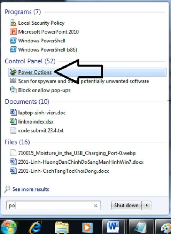 Bước 1: Sử dụng chuột phải, nhấp vào icon Pin máy tính trên taskbar, sau đó nhấp chuột chọn dòng Power Options