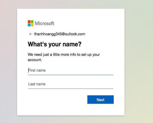 Tiếp đến là phần điền thông tin cá nhân của bạn, bao gồm họ và tên