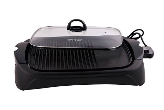 Bếp nướng điện có thiết kế nắp kính giúp chắn gió, chắn khói và giữ nhiệt hiện đại